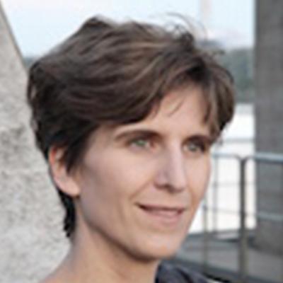 Dr. Julia Würtz